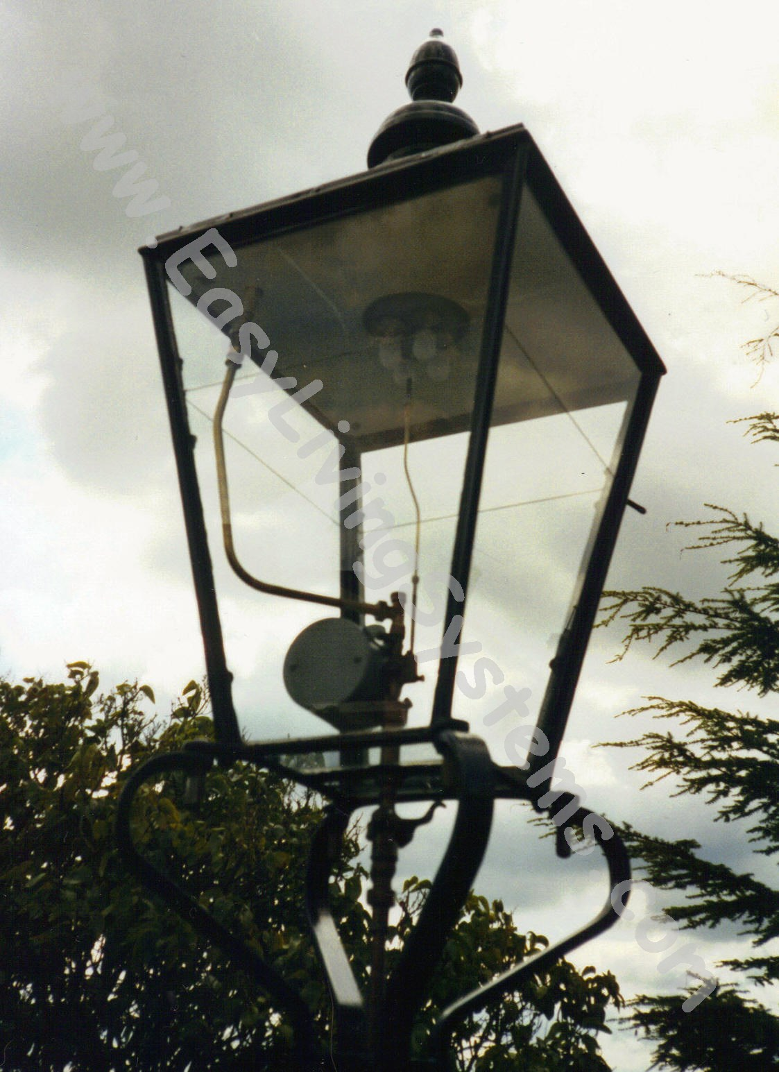 Customer photos of gas street lamp outdoor yard lighting fixtures vitrous enamelled reflector of foster and pullen avil model gaslite street lamp arubaitofo Image collections