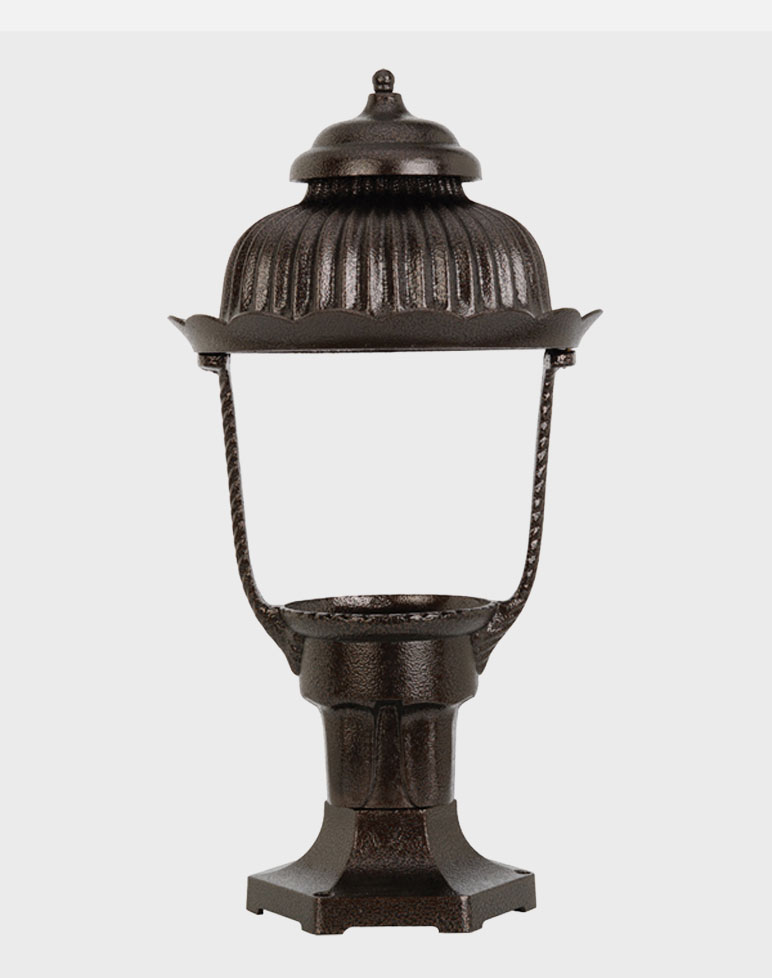 Heritage 1700 Gaslite Outdoor Gas And Electric Yard Lamp Lighting Fixture E