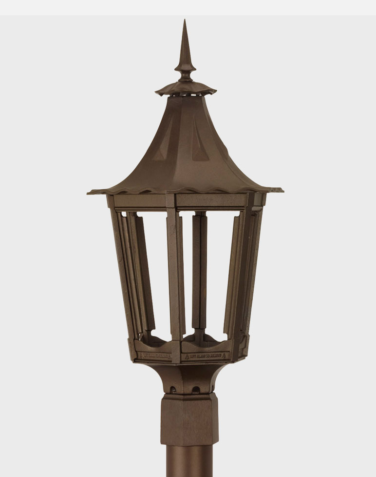 Cavalier 1400 gaslite outdoor gas and electric yard lamp for Outdoor electric yard lights