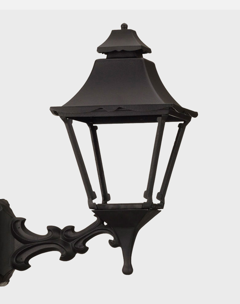 Essex 1900 Gaslite Outdoor Gas And Electric Yard Lamp